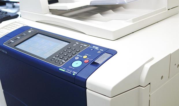 LINEで写真を送るとコンビニのコピー機で印刷できるように!